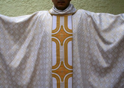 Clergy Vestments White and Gold